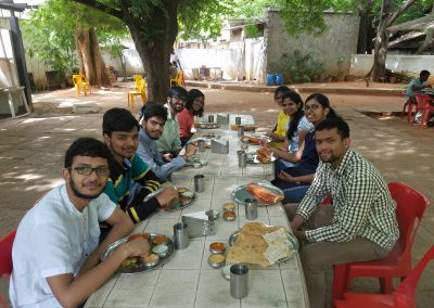 Interns 2017_Yes, we have time to eat as well ;)